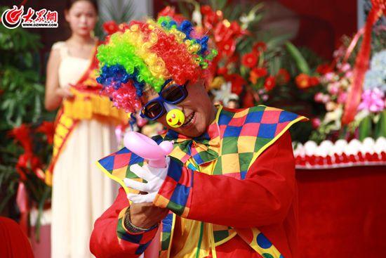 现场小丑表演