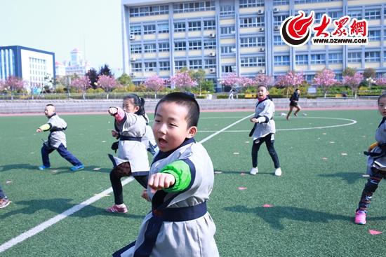 秀出中国范 2015中国童学秀暨日照国学风采大赛启动