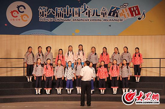 来自云南,青海,内蒙古,贵州等14个省份16支儿童合唱团队展开角逐,各显